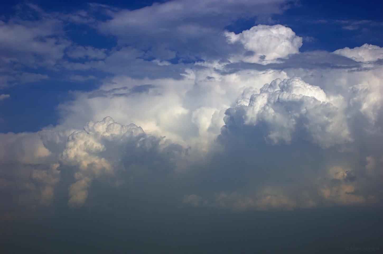 Chmury się piętrzą