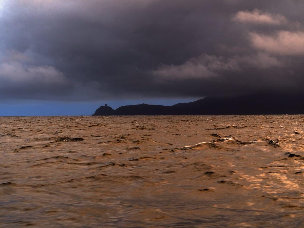 Na morzu burzowo