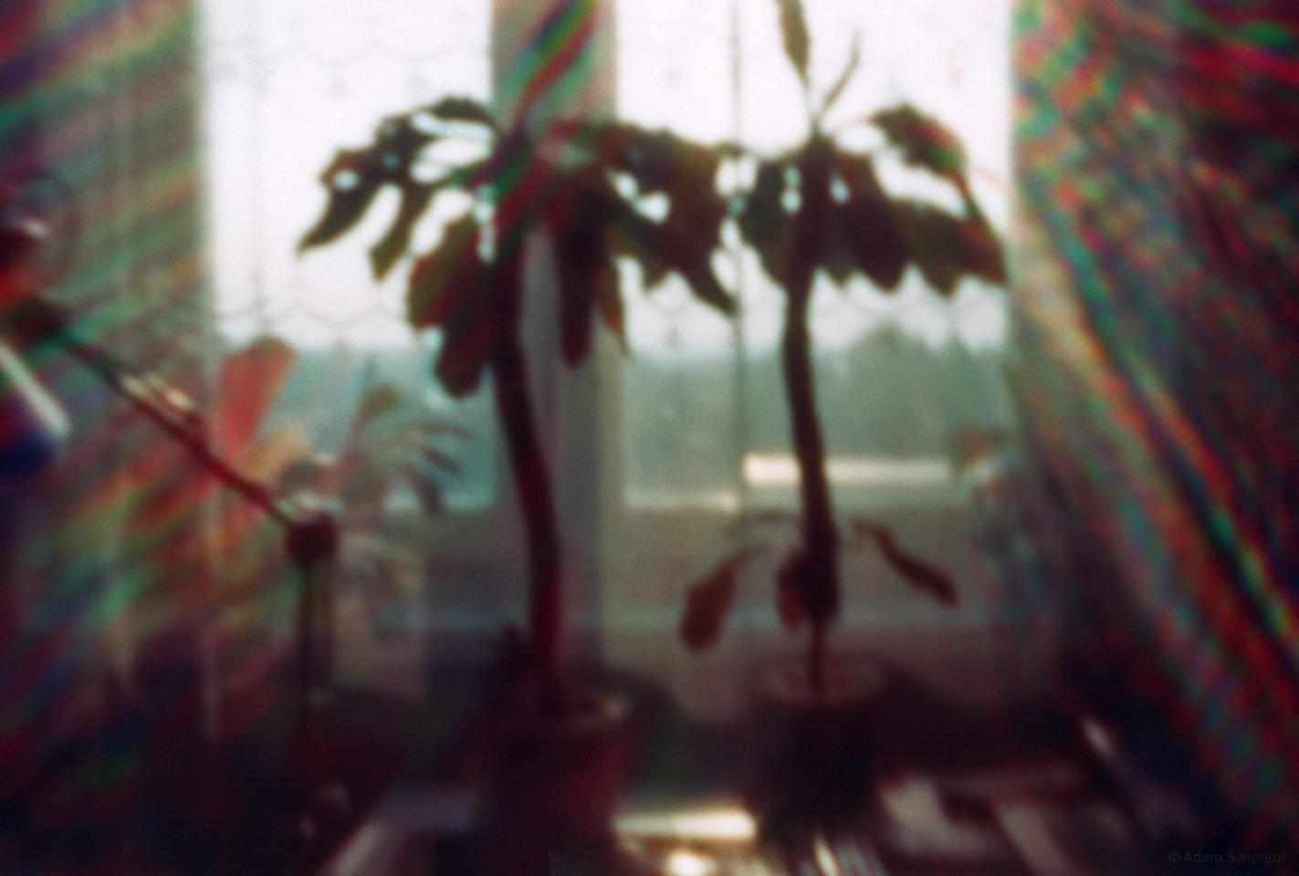 Okno 2 - b.mały otworek na lustrzance