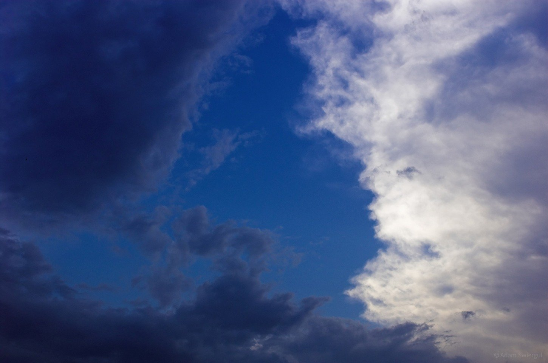 Trójkąt z chmur