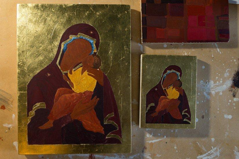 Ikony w trakcie malowania